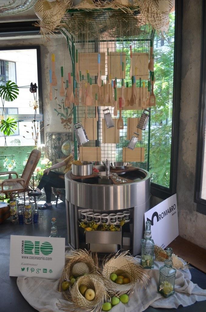 Cocinas Rio expuso en Decoraccion 2014 un fregadero en acero inoxidable redondo de una sola pieza