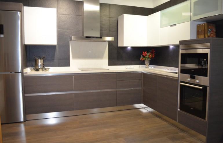Exposicion cocinas madrid modelo alice gola 800x533 - Fabrica de cocinas en madrid ...