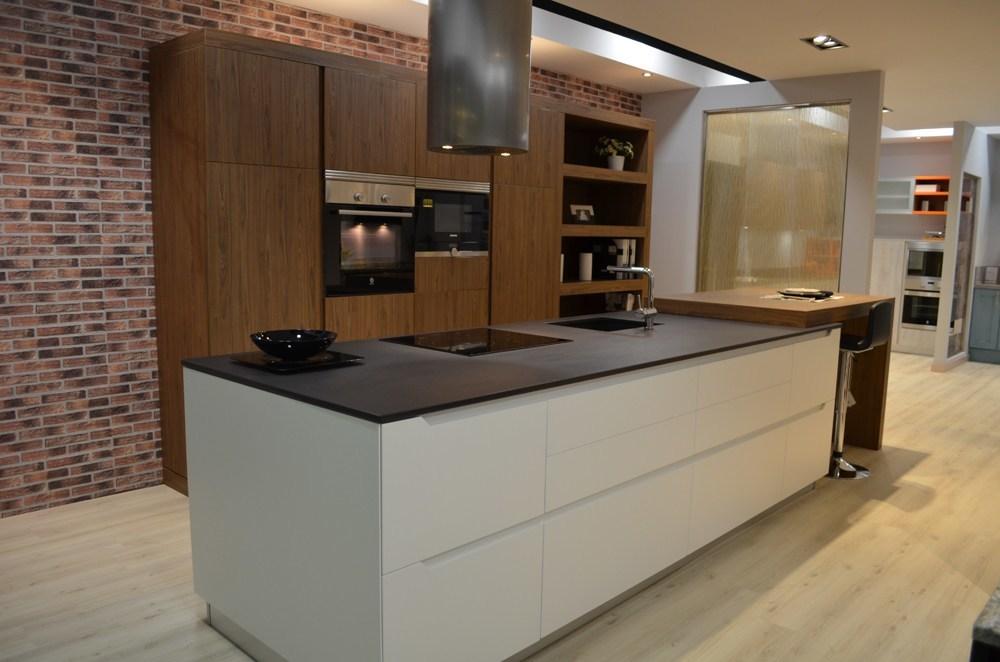 Cocinas rio estrena stand con cinco espectaculares dise os - Cocinas espectaculares modernas ...